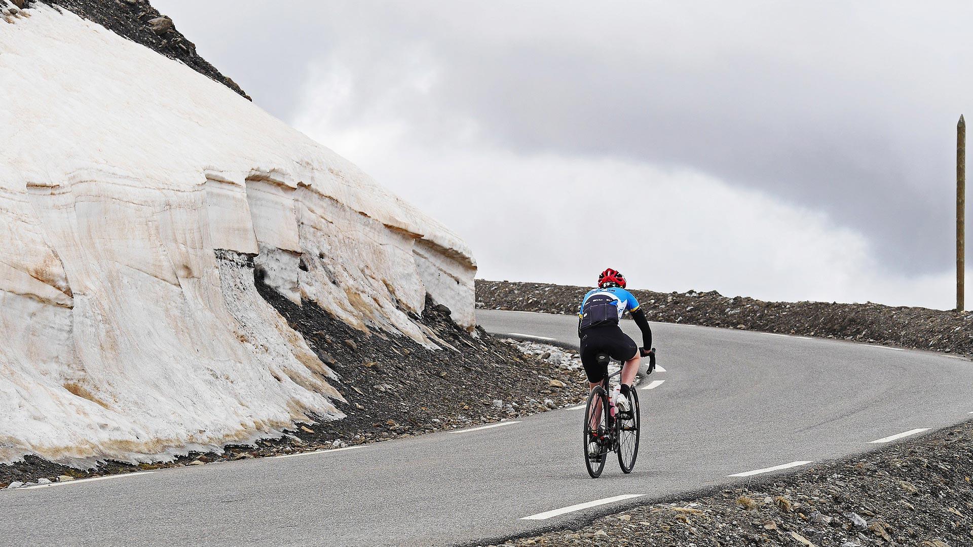 Radfahrer beim Höhentraining